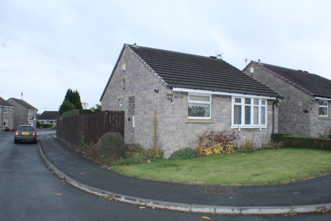 Thumbnail Detached bungalow to rent in Norwood Crescent, Stanningley, Pudsey