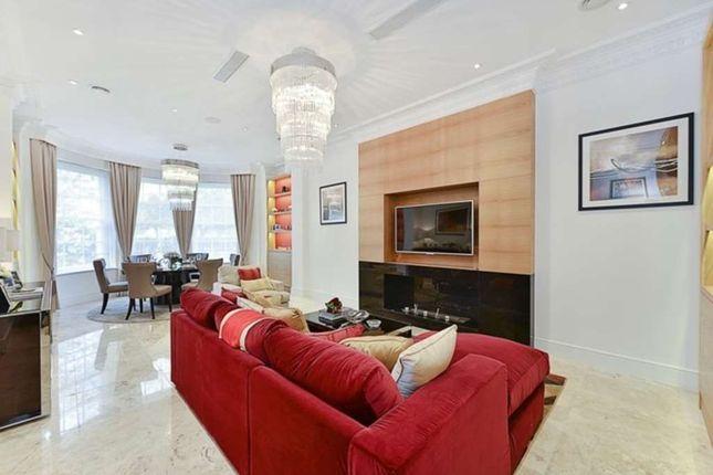 Thumbnail Maisonette to rent in York Terrace West, Marylebone