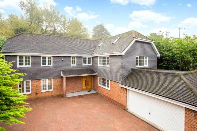 Thumbnail Detached house for sale in St Leonards Hill, Windsor, Berkshire
