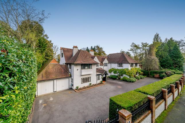 Thumbnail Detached house for sale in South Park Drive, Gerrards Cross, Buckinghamshire