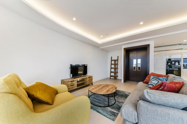 Thumbnail Flat to rent in The Corniche, Albert Embankment, London