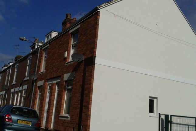 Thumbnail Terraced house for sale in Mount Pleasant, Balby