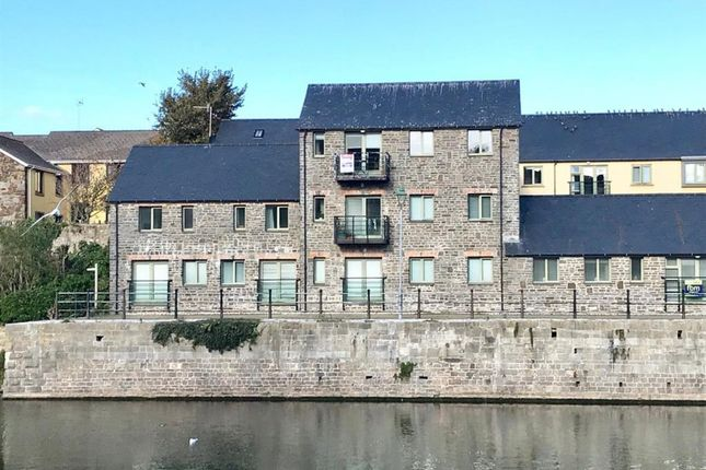 Thumbnail Flat to rent in North Quay, Pembroke, Pembrokeshire