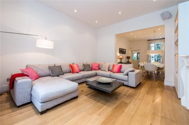 Thumbnail Flat for sale in Eardley Crescent, Earls Court, London