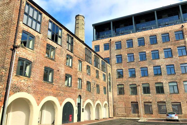 Thumbnail Flat to rent in 23 Victoria Riverside Block D, Goodman Street, Leeds