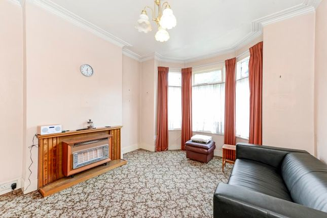 3 bed end terrace house for sale in Agnes Road, London