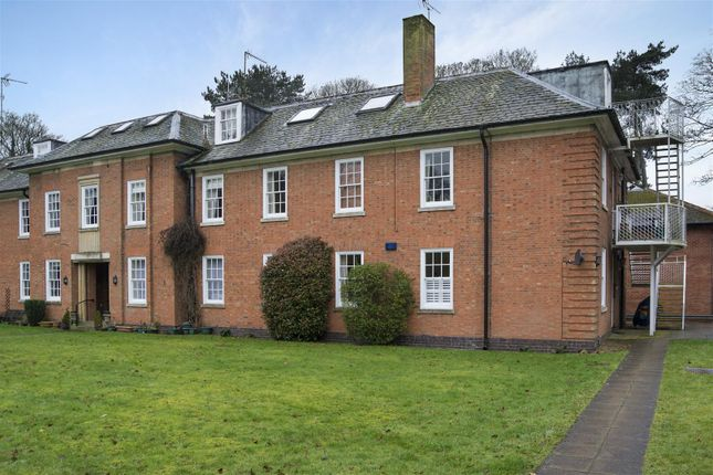 Thumbnail Flat for sale in Church Street, Market Bosworth, Nuneaton