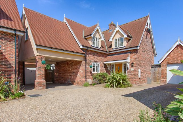 Thumbnail Detached house for sale in Colchester Road, St Osyth