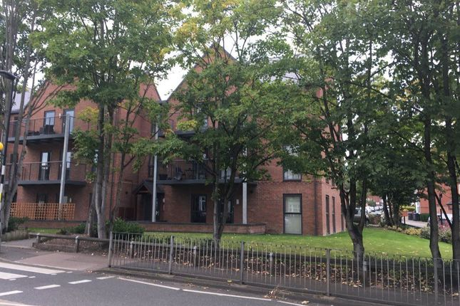 Thumbnail Flat to rent in Holland Road, Sutton Coldfield