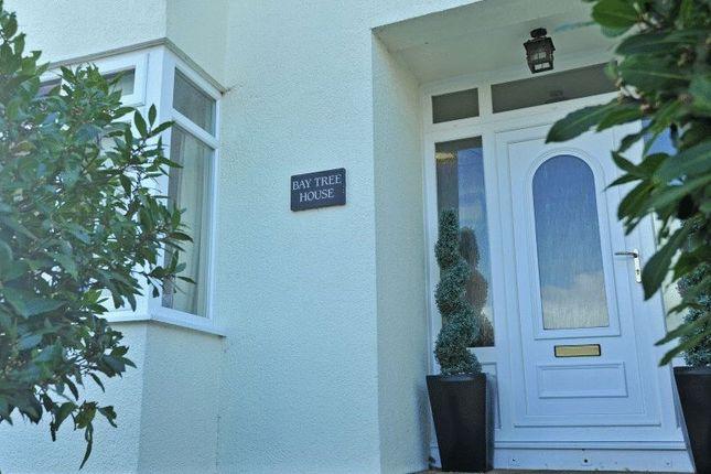 Entrance of Drake Avenue, Torquay TQ2