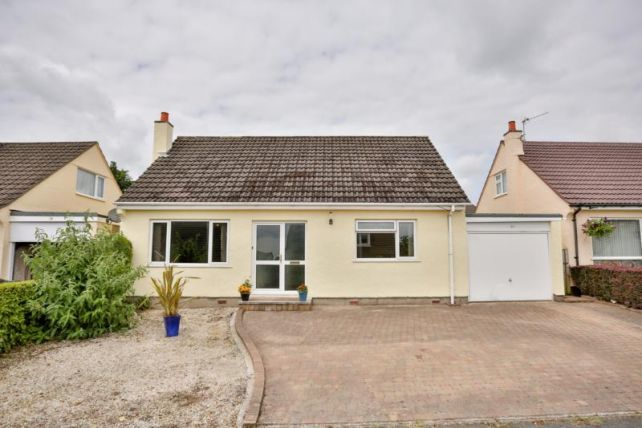 Thumbnail Bungalow to rent in Wybourn Drive, Onchan
