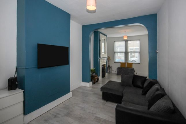 Living Area of Colchester Road, Southend-On-Sea SS2