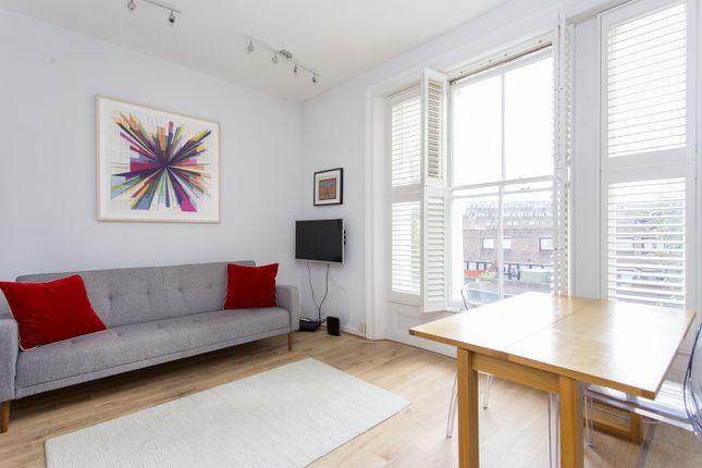 Flat to rent in Queens Crescent, London
