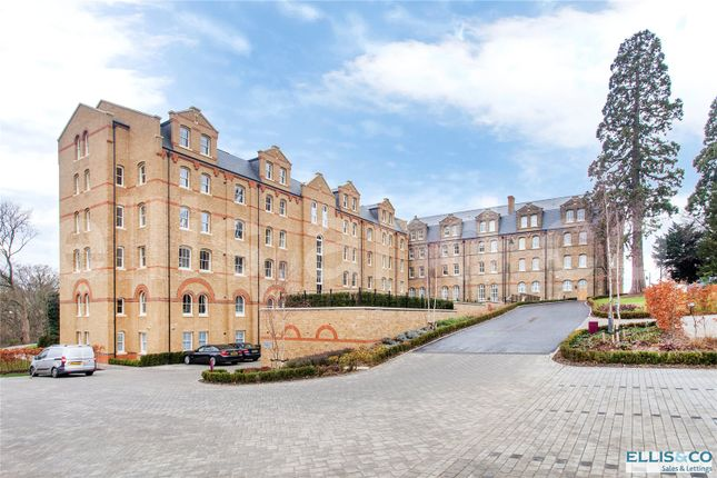 Thumbnail Flat for sale in Holborn Close, St Joseph's Gate, Mill Hill, London