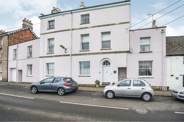 Thumbnail Flat to rent in Church Street, Faringdon