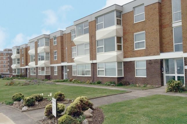 Thumbnail Flat to rent in Milford Court, Brighton Road