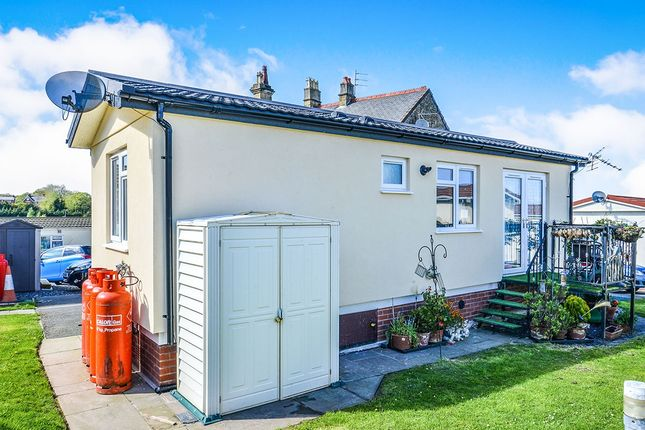 External of Coast Road, Ffynnongroyw, Holywell, Clwyd CH8