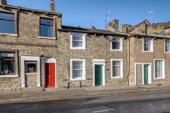 Thumbnail Cottage for sale in Water Street, Skipton