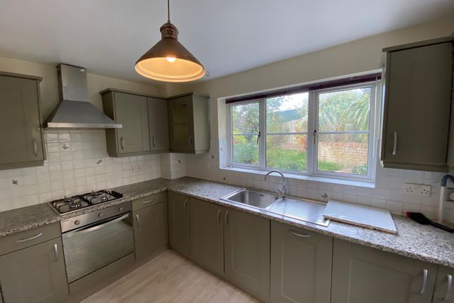 Kitchen of Willow Close, Brighton BN2