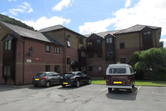 Thumbnail Flat to rent in Ebbw Court, Crosskeys, Risca