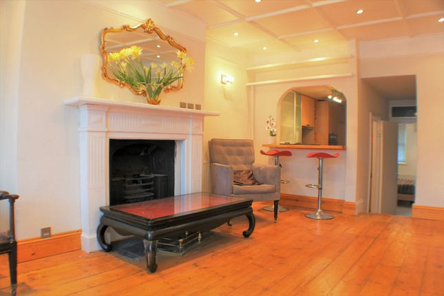 2 bed flat for sale in Girdlers Road, West Kensington, London