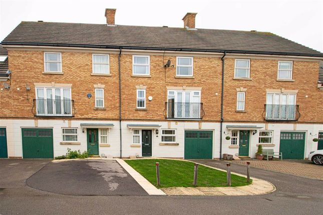 Thumbnail Property to rent in Clegg Square, Shenley Lodage, Milton Keynes
