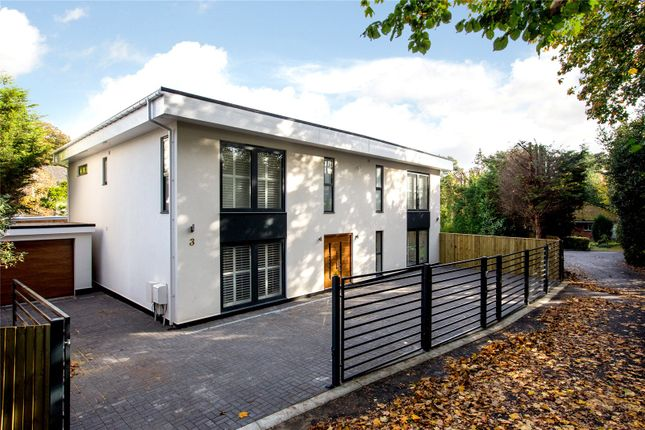 Picture No. 38 of The Bauhaus, 3 Winchester Close, Kingston KT2