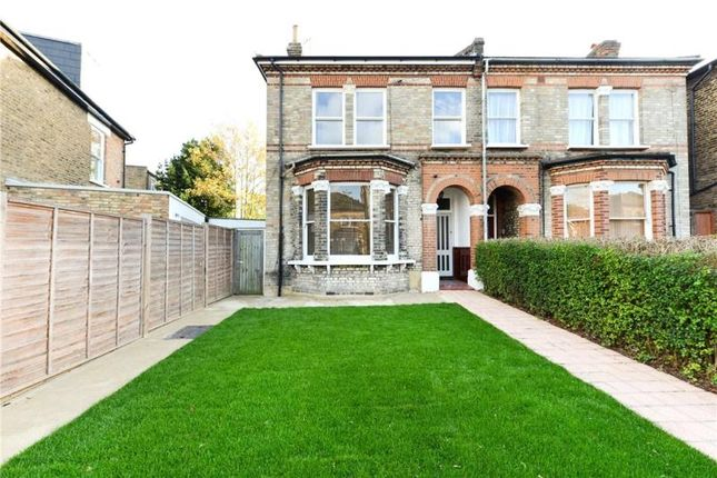 Thumbnail Property to rent in Ryde Vale Road, Balham, London