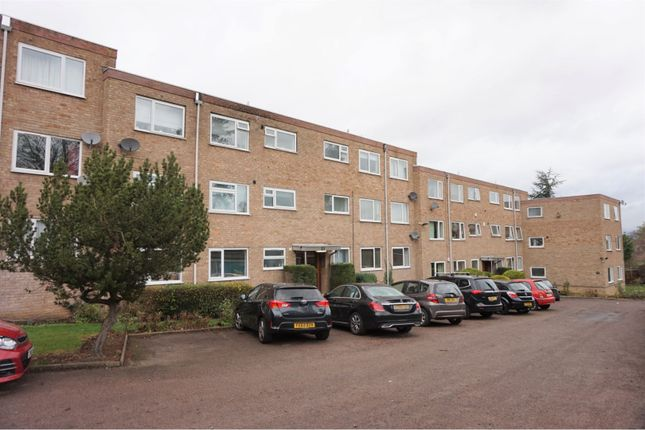 Thumbnail Flat for sale in Albert Road, Stoneygate, Leicester