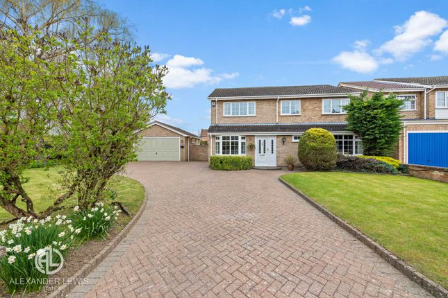 Thumbnail Detached house for sale in Rook Tree Close, Stotfold, Hitchin