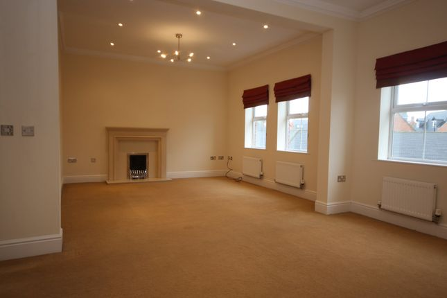 Thumbnail Town house to rent in Featherstone Grove, Great Park