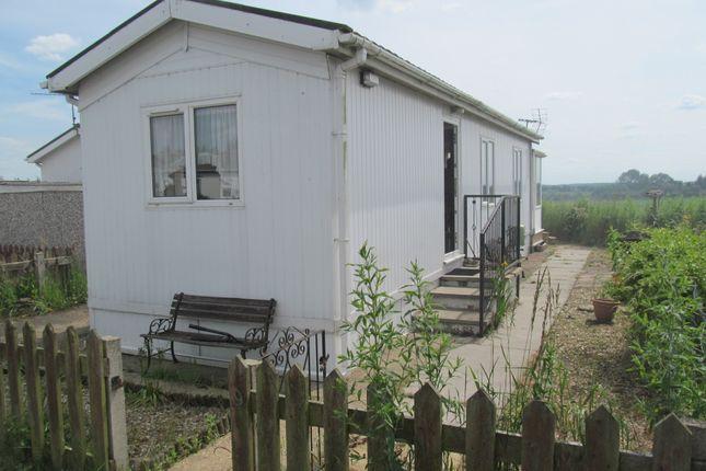 Witham View, Short Ferry Park (Ref 5628), Fiskerton, Lincolnshire LN3