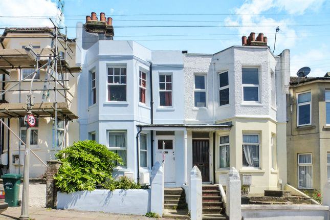 Thumbnail Flat for sale in Hollingdean Terrace, Brighton
