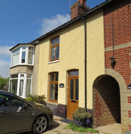 2 bed property to rent in Station Road, Yaxham, Dereham NR19