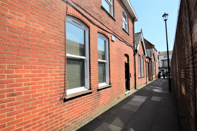 Thumbnail Flat to rent in 2 Castlehold Lane, Newport
