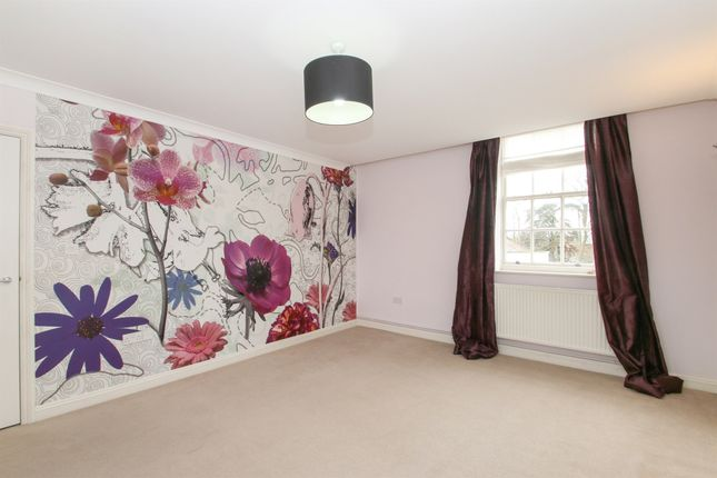 Thumbnail Flat for sale in North Town Lane, Wood Street, Taunton
