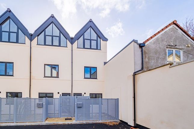 Thumbnail Terraced house for sale in Victoria Court, Bristol