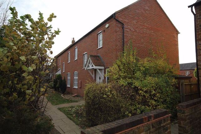 3 bed semi-detached house to rent in Usher Drive, Hanwell Fields, Oxfordshire OX16