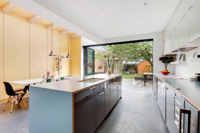 Thumbnail Terraced house to rent in Larden Road, London