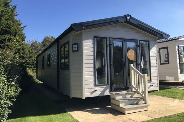 Thumbnail Mobile/park home for sale in Halt Road, Goonhavern, Truro