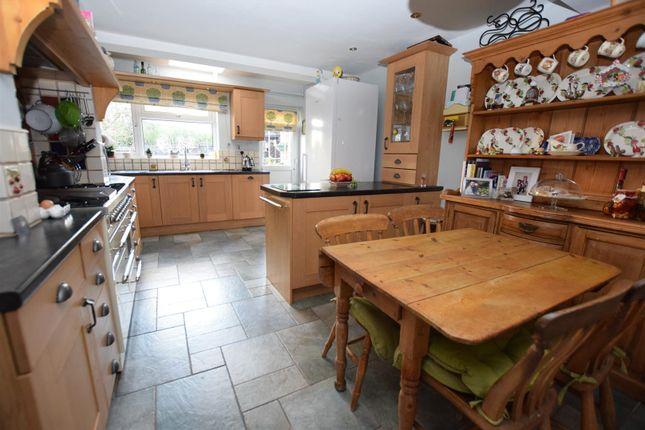 Extended Breakfast Kitchen