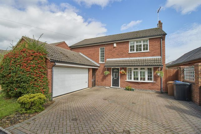 Thumbnail Detached house for sale in Rugby Road, Burbage, Hinckley