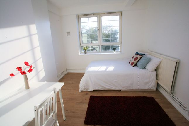 Thumbnail Flat to rent in Albion Estate, Swan Road, London