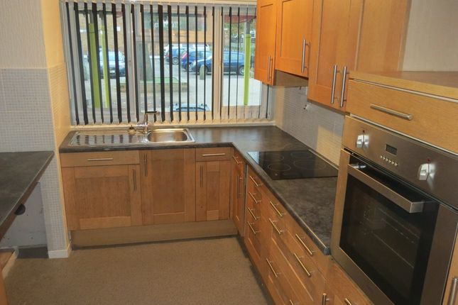Thumbnail Property to rent in Sweetbriar Street, Gloucester