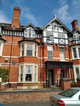 1 bed flat to rent in Heath Terrace, Leamington Spa CV32