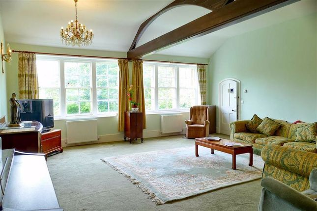 Thumbnail 2 bed flat for sale in The Green, Calne