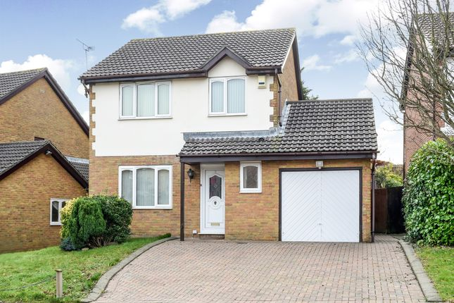 Thumbnail Detached house for sale in Spires Walk, Barry