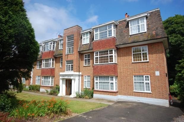 Thumbnail Flat to rent in 19 Surrey Road, Bournemouth