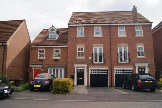 Thumbnail Town house to rent in Conisborough Way, Hemsworth