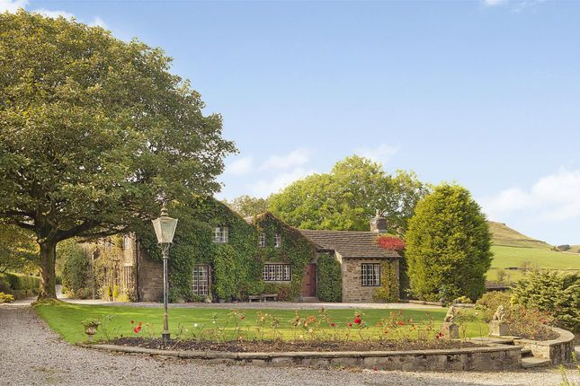 Thumbnail Country house for sale in Helmshore Road, Helmshore, Rossendale